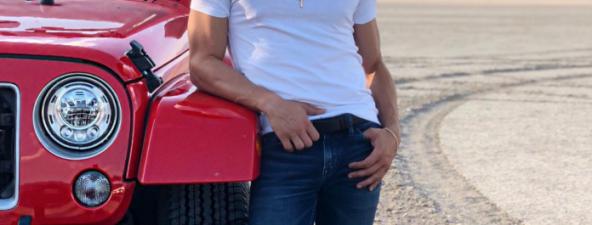 Fernando Corona graba video en Los Ángeles y Guadalajara